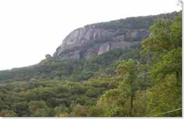 chimney-rock-above-hickory-nut-gorge